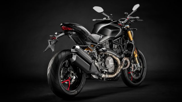 03_DUCATI_MONSTER_1200_S_MY20_UC90912_High 2