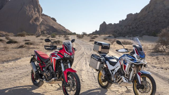189581_20YM_Africa_Twin_and_Africa_Twin_Adventure_Sports