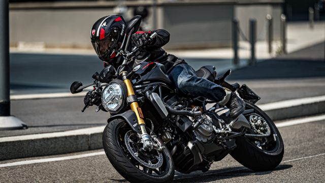 55_DUCATI_MONSTER_1200_S_MY20_UC90996_High