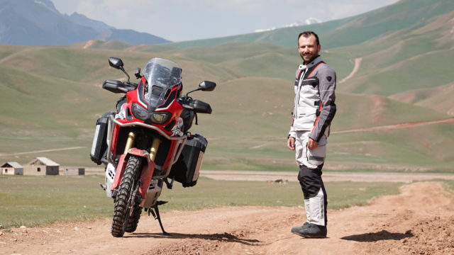 Honda Africa Twin - True Adventure in Kyrgyzstan | GoPamir I 2