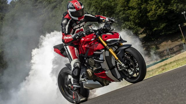 2020 Ducati Streetfighter V4 - 220 HP. It's Massive! 1
