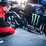 Valentino Rossi vs. Lewis Hamilton. The Ride Swap 4