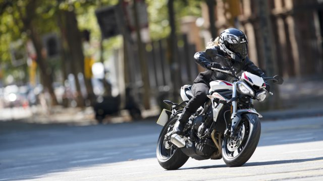 Street Triple S 20MY   Dynamic 3
