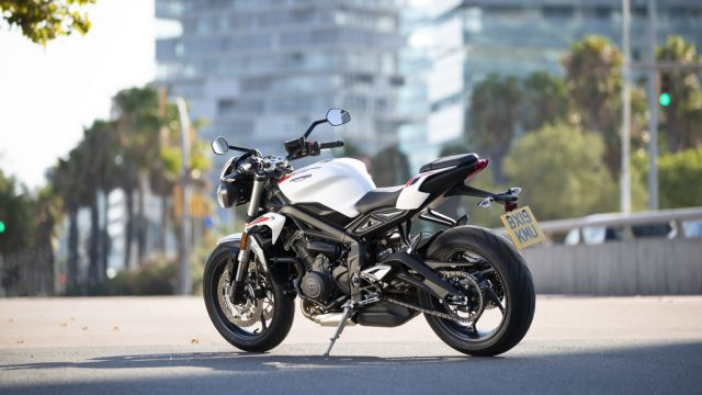 Street Triple S 20MY   Static 12