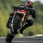 2020 Ducati Streetfighter V4 prices announced for the European market 5