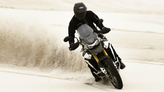 2020 Triumph Tiger 900 - A closer look. Better than Africa Twin and F850GS? 2