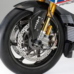Ducati Superleggera V4 vs BMW HP4 Race - A techspec comparison 4
