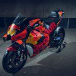 2020 KTM MotoGP bike unveiled. 265+ hp and 157 kg 3