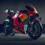 2020 KTM MotoGP bike unveiled. 265+ hp and 157 kg 24