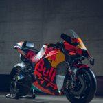2020 KTM MotoGP bike unveiled. 265+ hp and 157 kg 16