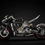Ducati Superleggera V4 vs BMW HP4 Race - A techspec comparison 8