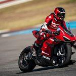 Ducati Superleggera V4 vs BMW HP4 Race - A techspec comparison 46