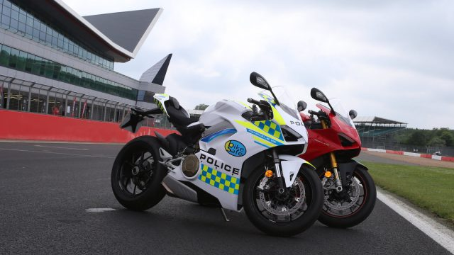 Hottest Police Motorcycles Around the World 1