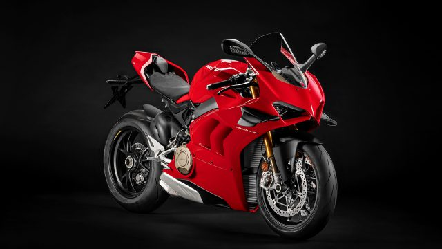 Panigale V4 S MY20 Red 03 Gallery 1920x1080
