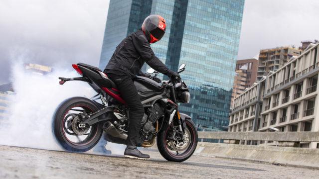 2020 Triumph Street Triple R unveiled. Cheaper than the previous model 50