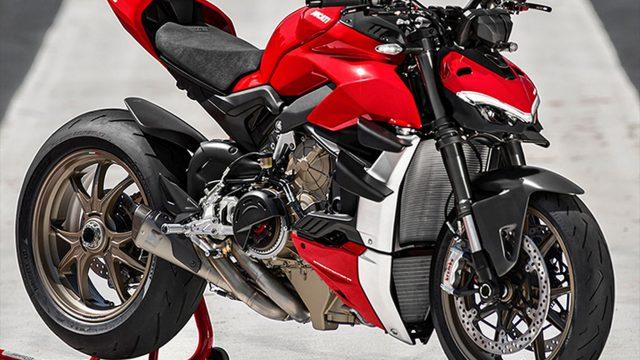 Ducati Streetfighter V4 details. Incoming Live Stream 1