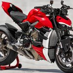 Ducati Streetfighter V4 details. Incoming Live Stream 2