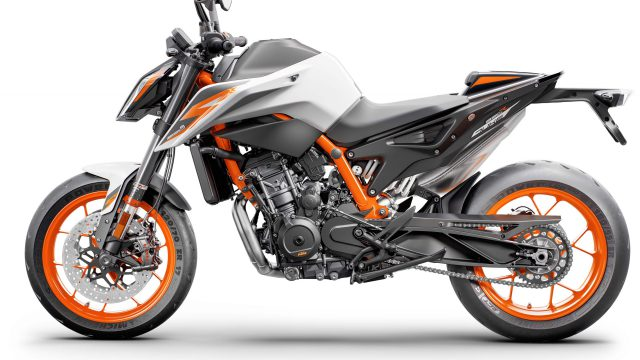 2020 KTM 890 Duke R 02 scaled
