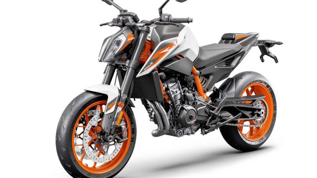2020 KTM 890 Duke R 04 scaled