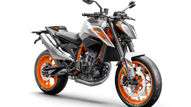2020 KTM 890 Duke R 05 scaled
