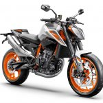 7 Things We Learned about the KTM 890 Duke R 30