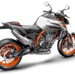 7 Things We Learned about the KTM 890 Duke R 37