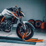 7 Things We Learned about the KTM 890 Duke R 24