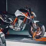 7 Things We Learned about the KTM 890 Duke R 32