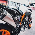 7 Things We Learned about the KTM 890 Duke R 11