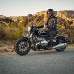 BMW R18 Cruiser Preview & Price. Better than Harley-Davidson? 16