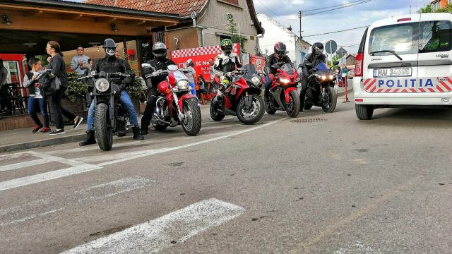 Romanian Bikers to Get Medicines for People in Need 2