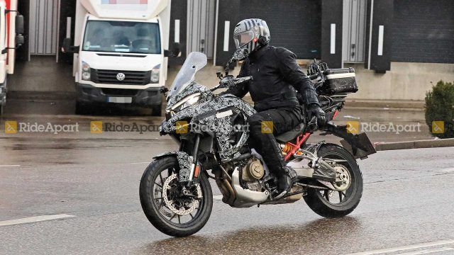 Ducati Multistrada V4 Spotted on the road. Spy Shots leaked 1
