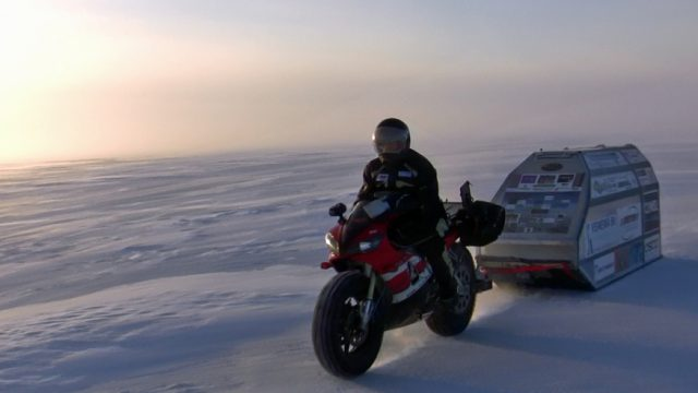 e Bevroren Beaufortzee Frozen Beaufort Sea
