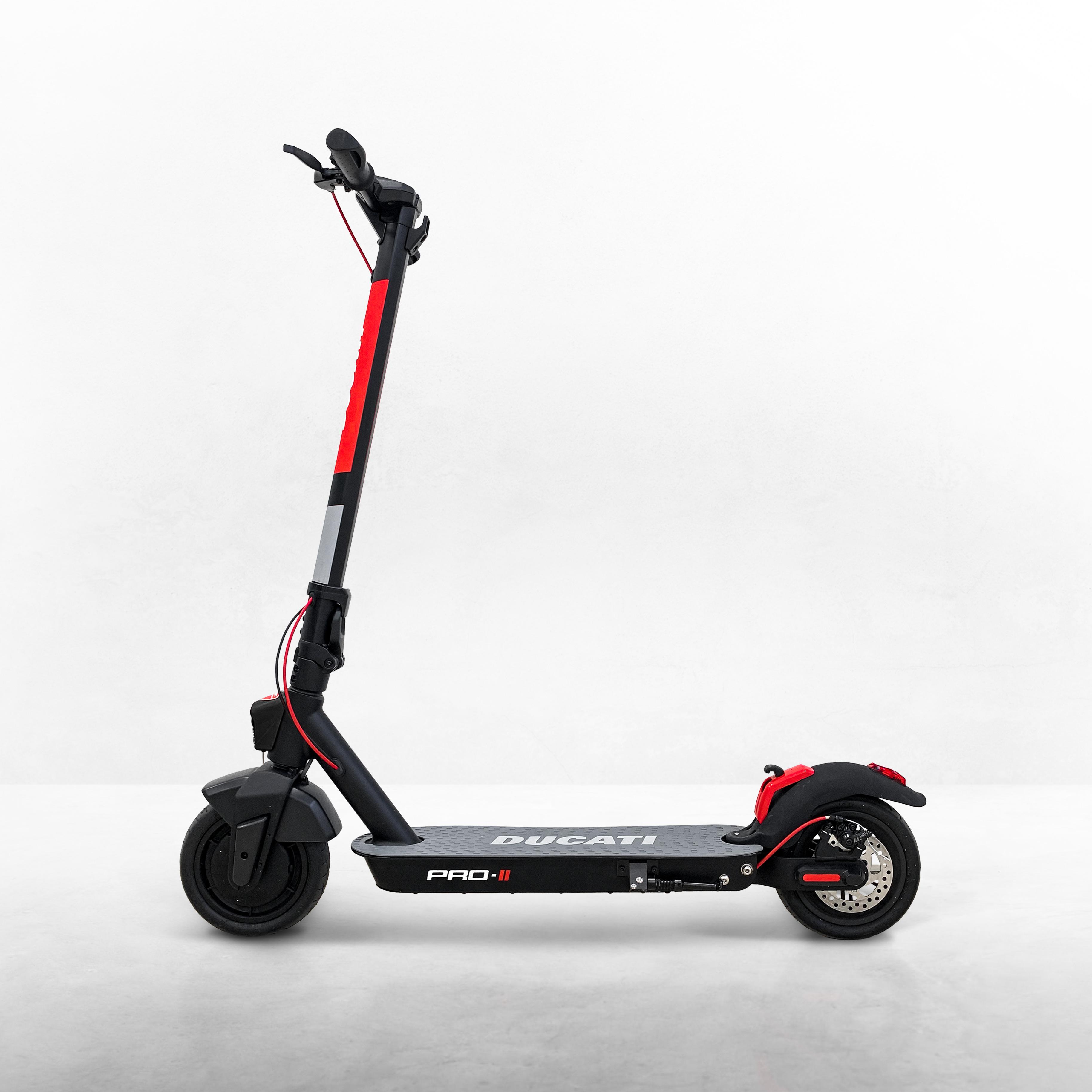 Ducati_PRO2_monopattino_UC157936_High