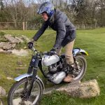 This 86 Year Old Rider Plays with his Trial Motorcycle 4