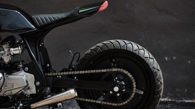Custom Kawasaki GPZ 1100 Inspired by Top Gun 1