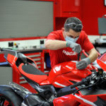 The First Ducati Superleggera V4 Rolls Out of the Production Line 8