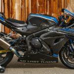 Track-Only Suzuki GSX-R 1000 R Joins the Carbon Fiber Superbike Club 11