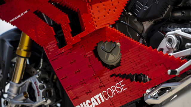 DUCATI_LEGO_030_UC171269_Low