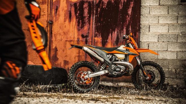 KTM 300 EXC TPI MY21_Action (1)