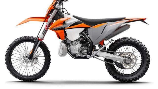 KTM 300 EXC TPI MY21_Static (1)