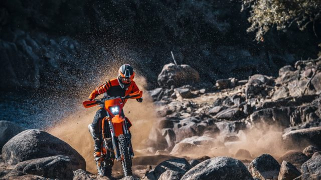 KTM 350 EXC F MY21_Action